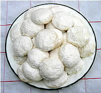 Almond Snow Cookies