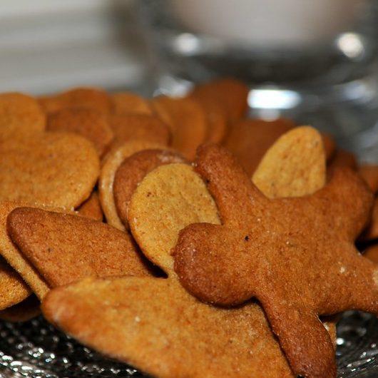 Piparkakut (Finnish Ginger Cookies)