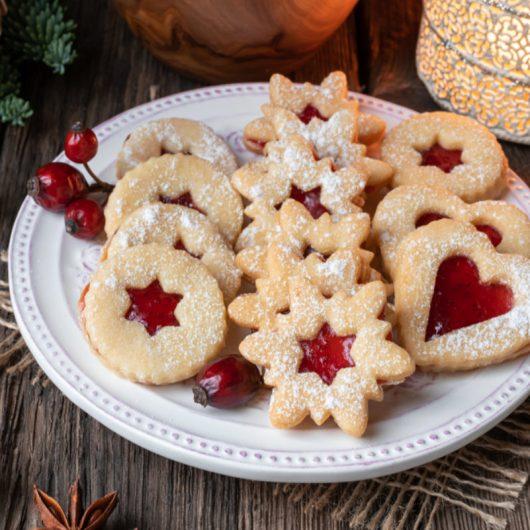 Linzer Cookies II