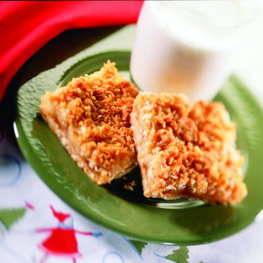 Cheddar Crunch Apple Squares